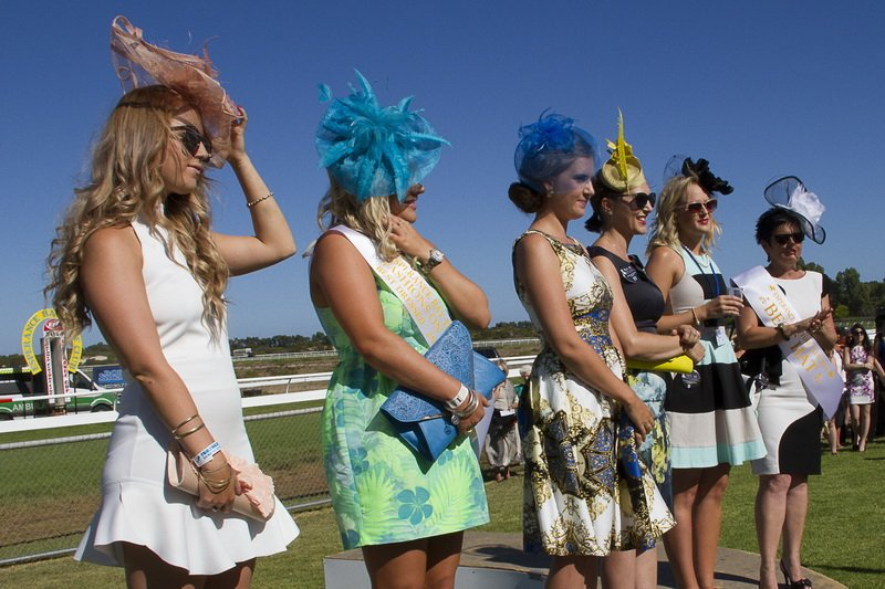 Esperance Bay Turf Club - Best Dressed Competition